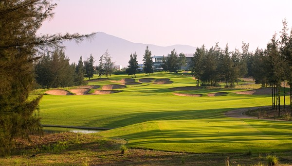 TT Golf tours to Vietnam play golf in Danang, Hanoi, Ho Chi Minh city